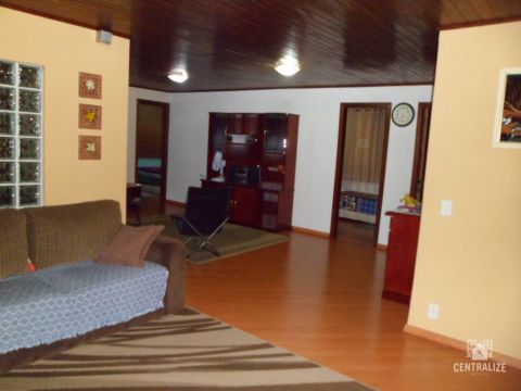 <strong>Casa à venda em Santa Terezinha</strong>