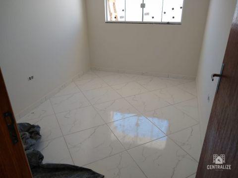 Casa à Venda Em Uvaranas- Vicentina
