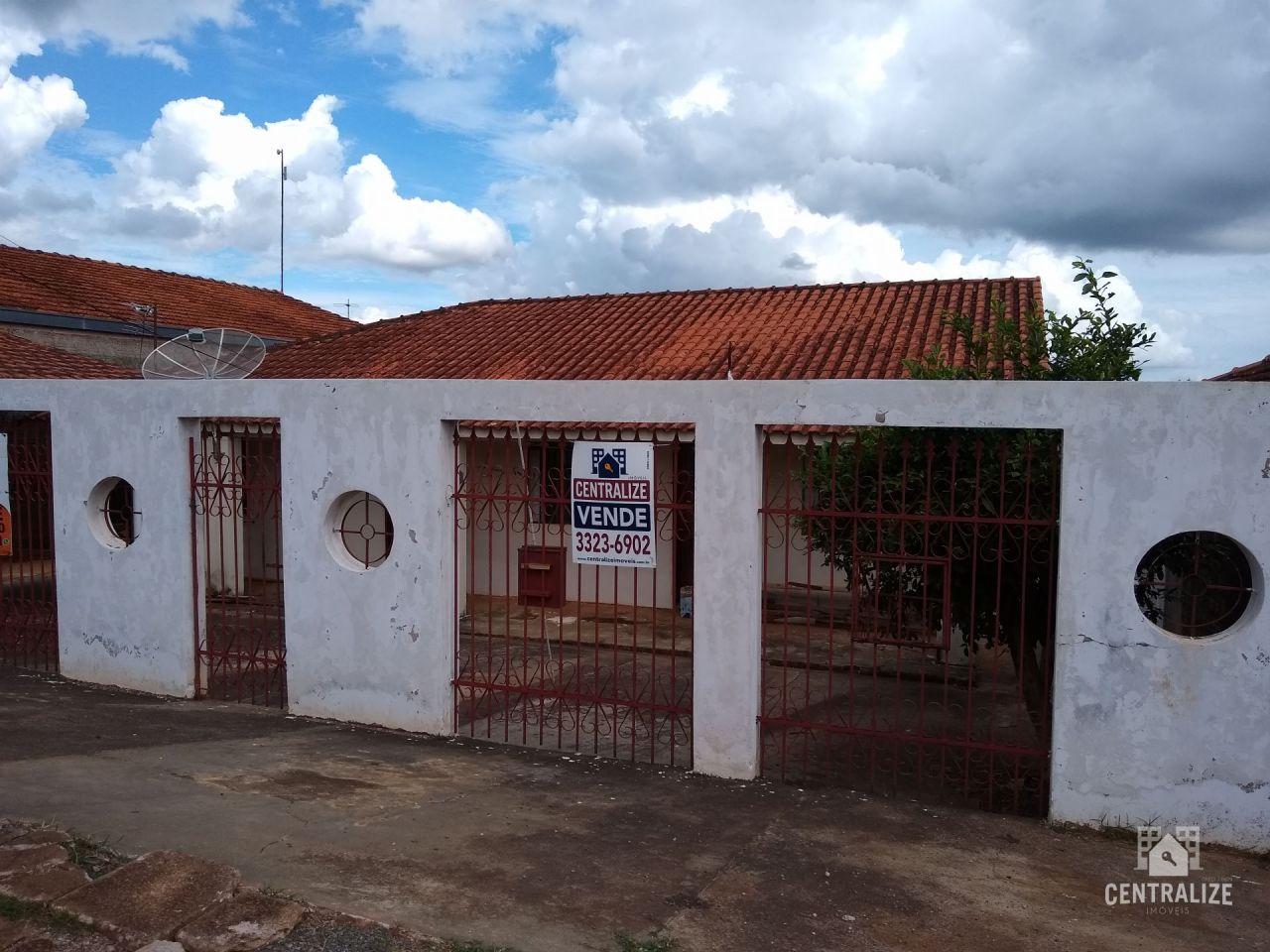 Casa à Venda Em Uvaranas - Pimentel