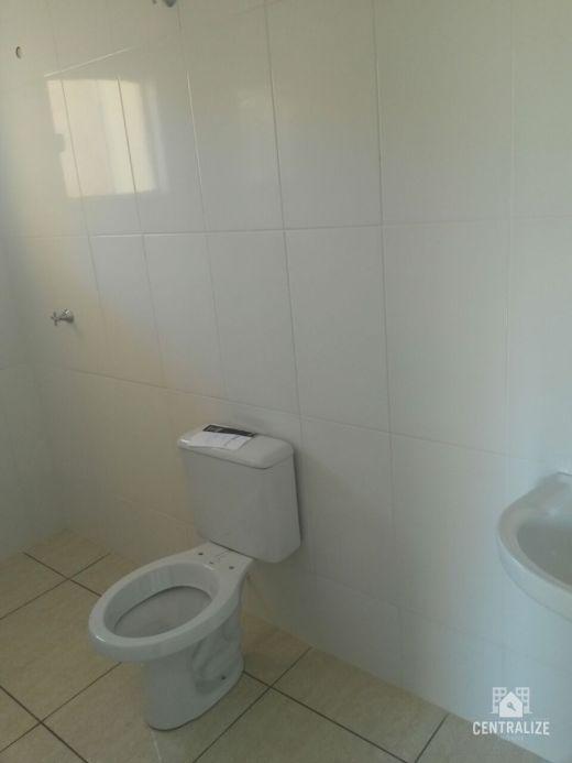 Casa à Venda Em Uvaranas- Vila Romana.