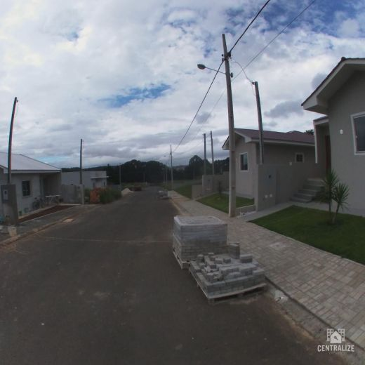 <strong>Casa à venda em Contorno/PQ. Shangrilá</strong>