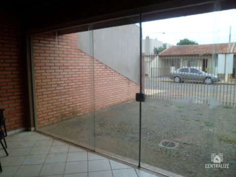 <strong>Sala para alugar em Uvaranas</strong>