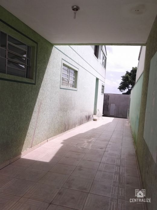 <strong>Casa à venda em Colonia Dª Luiza</strong>