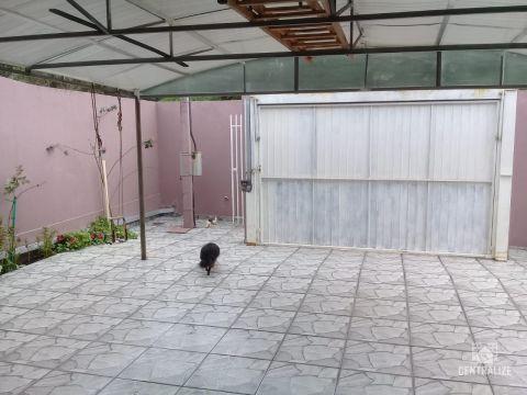 Casa à Venda Em Colonia Dona Luiza