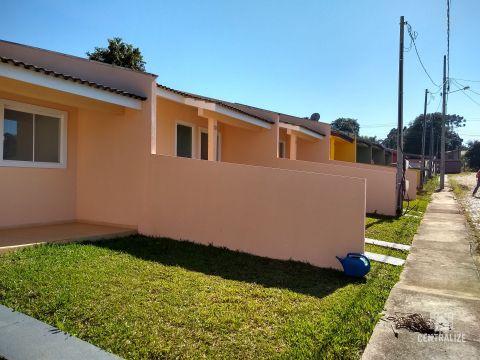 Casa à Venda Em Uvaranas-cará Cará