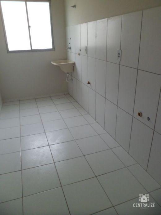 Apartamento à Venda Em Colª. Dª. Luiza