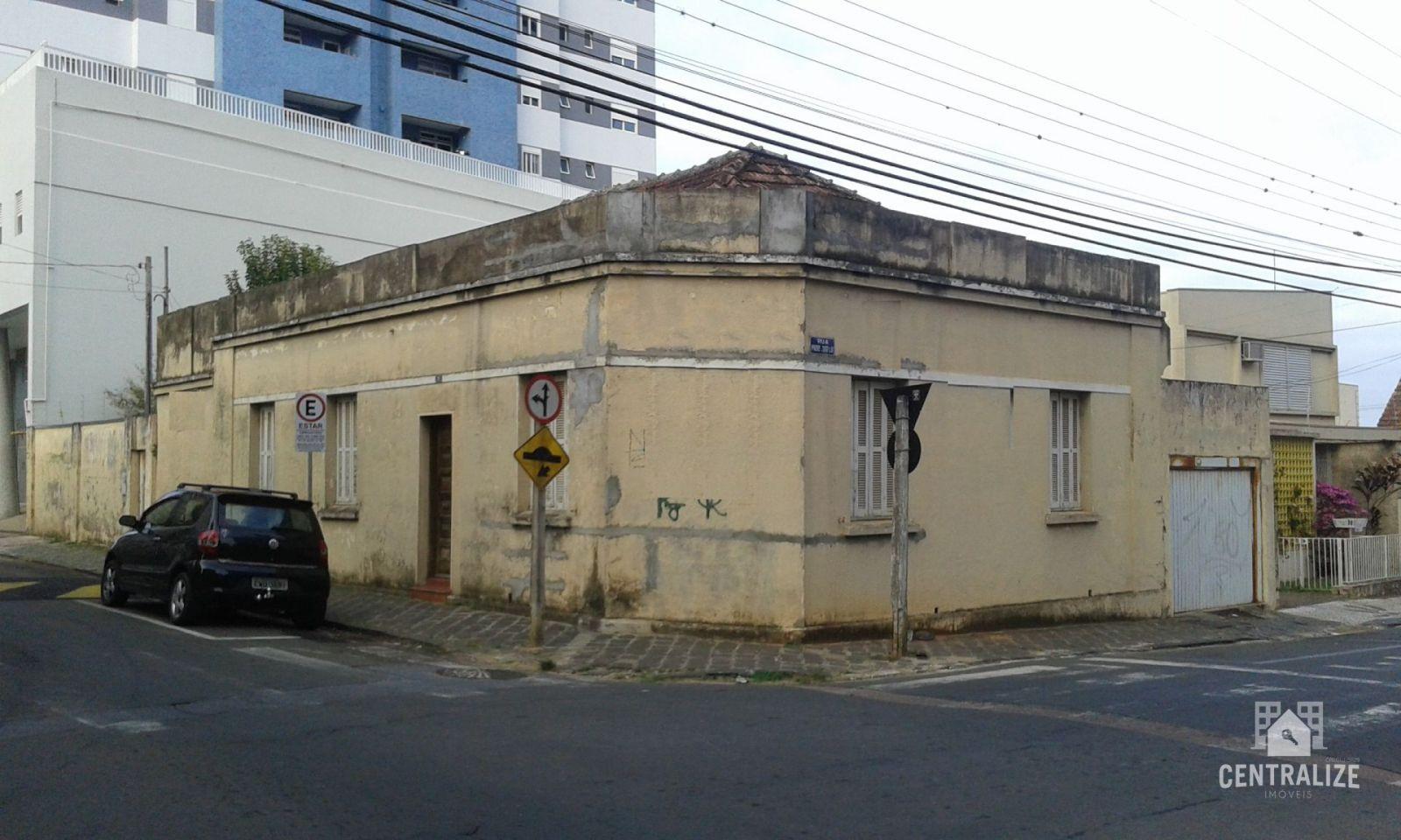 <strong>Casa Comercial à venda em Centro</strong>