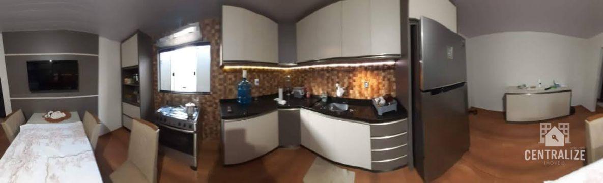 <strong>Casa à venda em Jardim Paraíso- Uvaranas</strong>