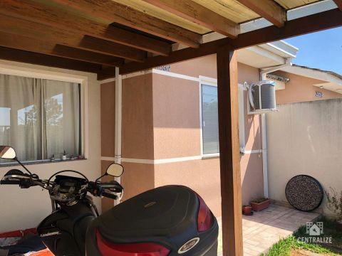 <strong>Casa à venda em Uvaranas- Jardim Gianna</strong>