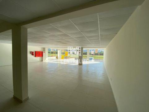 Sala Comercial Para Locação Em Oficinas.