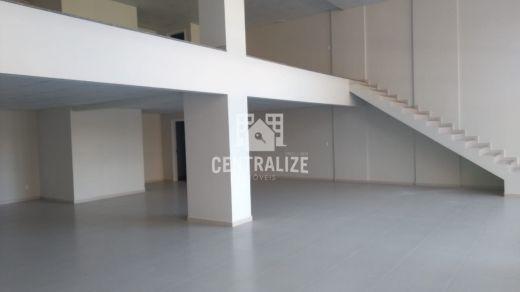 <strong>Sala Comercial com Mezanino para locação- Edifício Mauá.</strong>