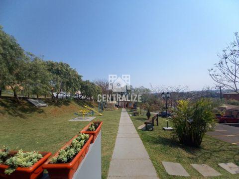 <strong>Apartamento para locação- Residencial Parque São Luiz.</strong>