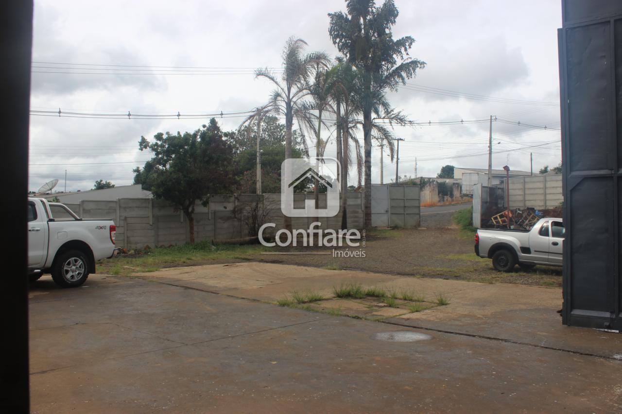 <strong>Barracão próximo da BR com 520m² no Boa Vista</strong>