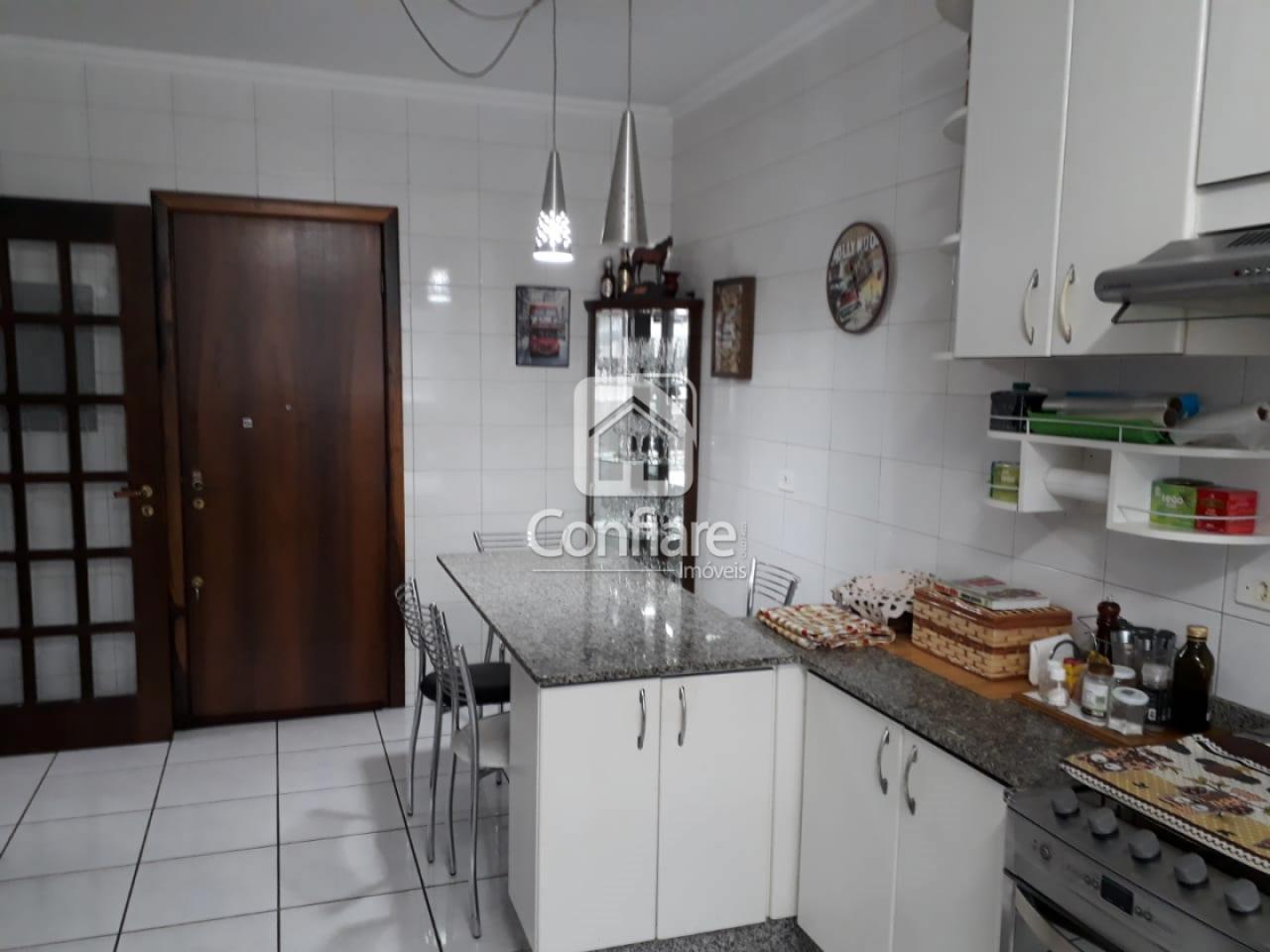<strong>Apartamento no Ed. Fontana Di Trevi com 3 quartos</strong>
