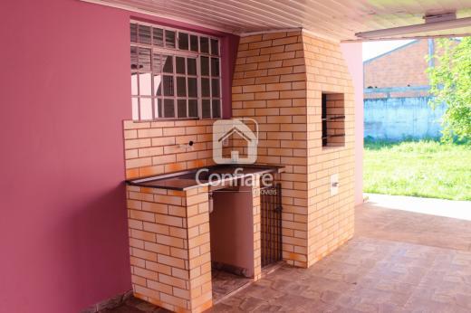 <strong>Casa em Uvaranas com 2 quartos</strong>