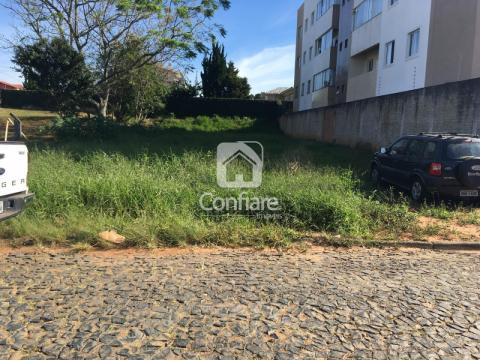 <strong>Terreno com 525m2 no Jardim Carvalho</strong>
