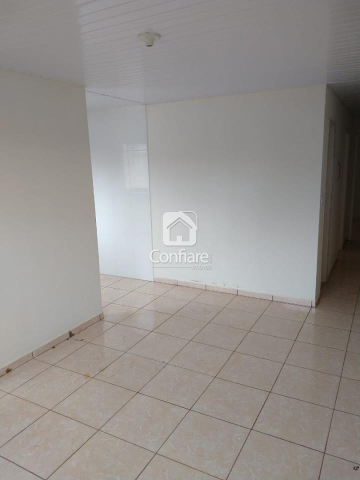 <strong>Casa com 2 quartos no Jardim Veneza II</strong>