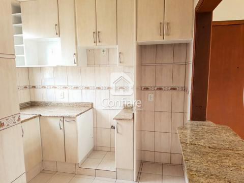 <strong>Apartamento no Ed. Rio Azul</strong>