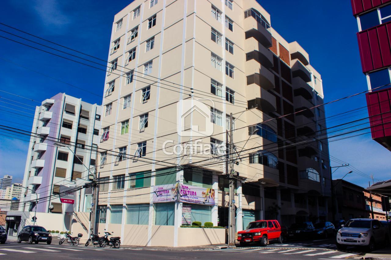 <strong>Apartamento no Ed. Maninho Colleone</strong>