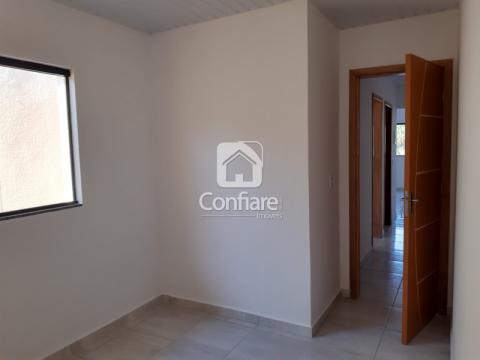 <strong>Casa com 2 quartos no Ouro Verde</strong>