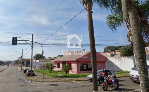 <strong>Casa comercial em Uvaranas</strong>