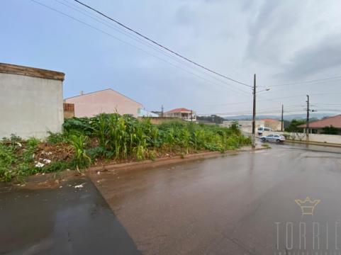 Terreno De Esquina No Termas Riviera - Castro Pr