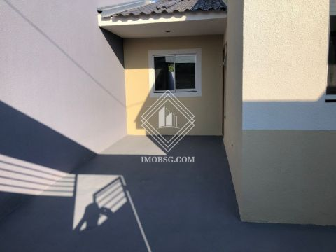 <strong>Casa 2 quartos - Lagoa Dourada</strong>