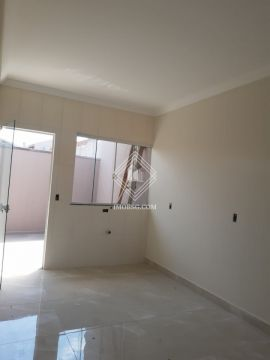 <strong>Casa no Campo Belo com suíte</strong>