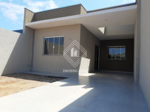 <strong>Casa no Campo Belo com suíte e sobra de terreno</strong>