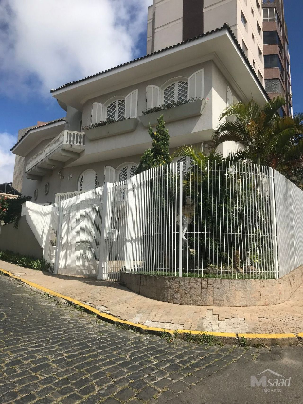 <strong>Casa à venda em Centro</strong>