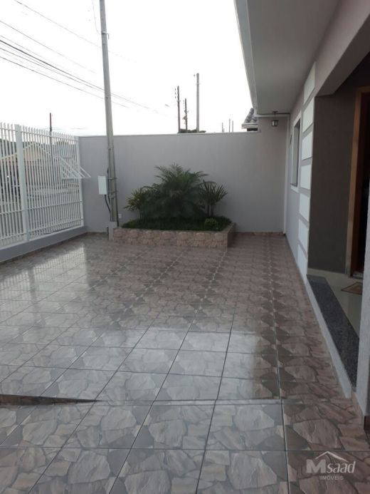 <strong>Casa à venda em Uvaranas</strong>