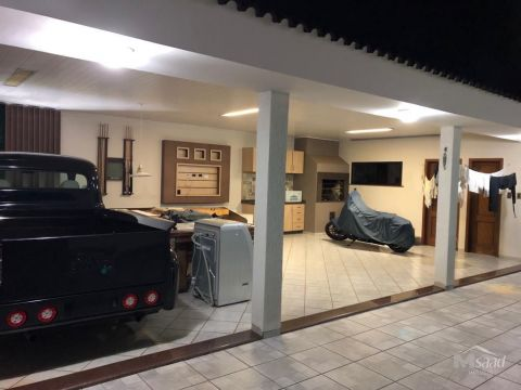 <strong>Casa à venda em Órfãs</strong>