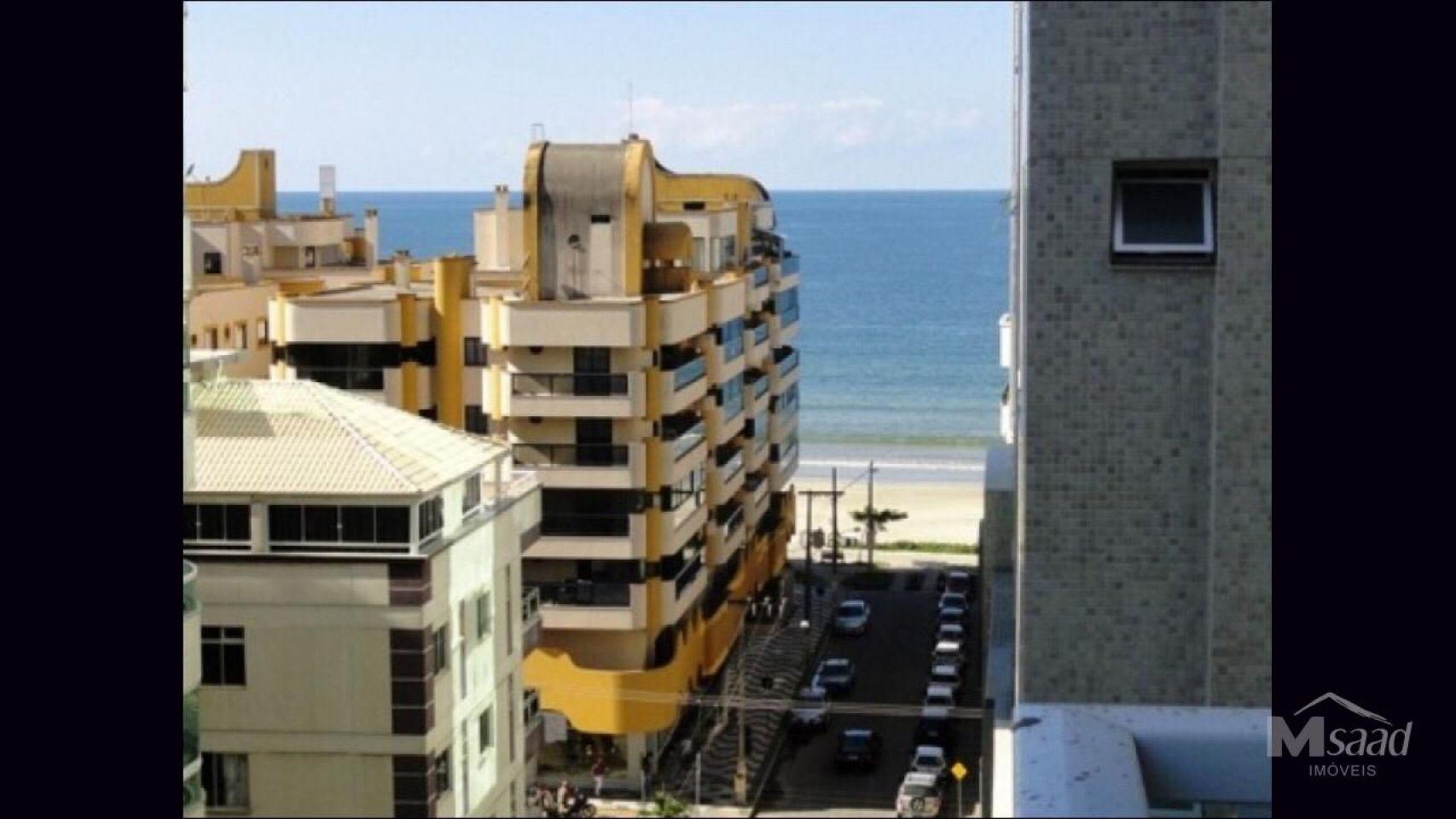 <strong>Apartamento à venda em Meia Praia</strong>