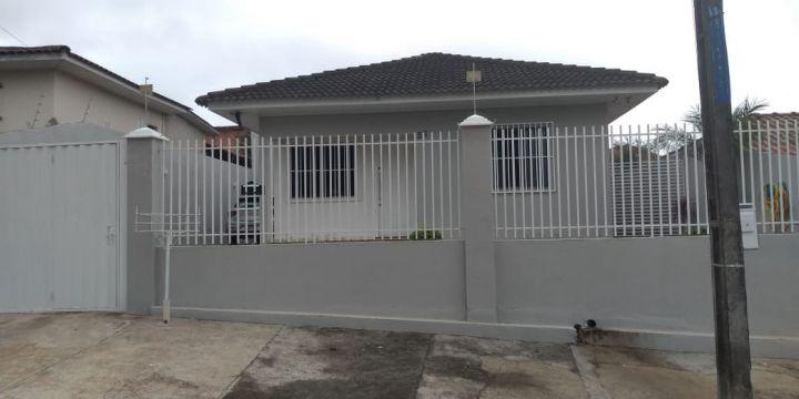 <strong>Casa à venda em Jardim Itália</strong>