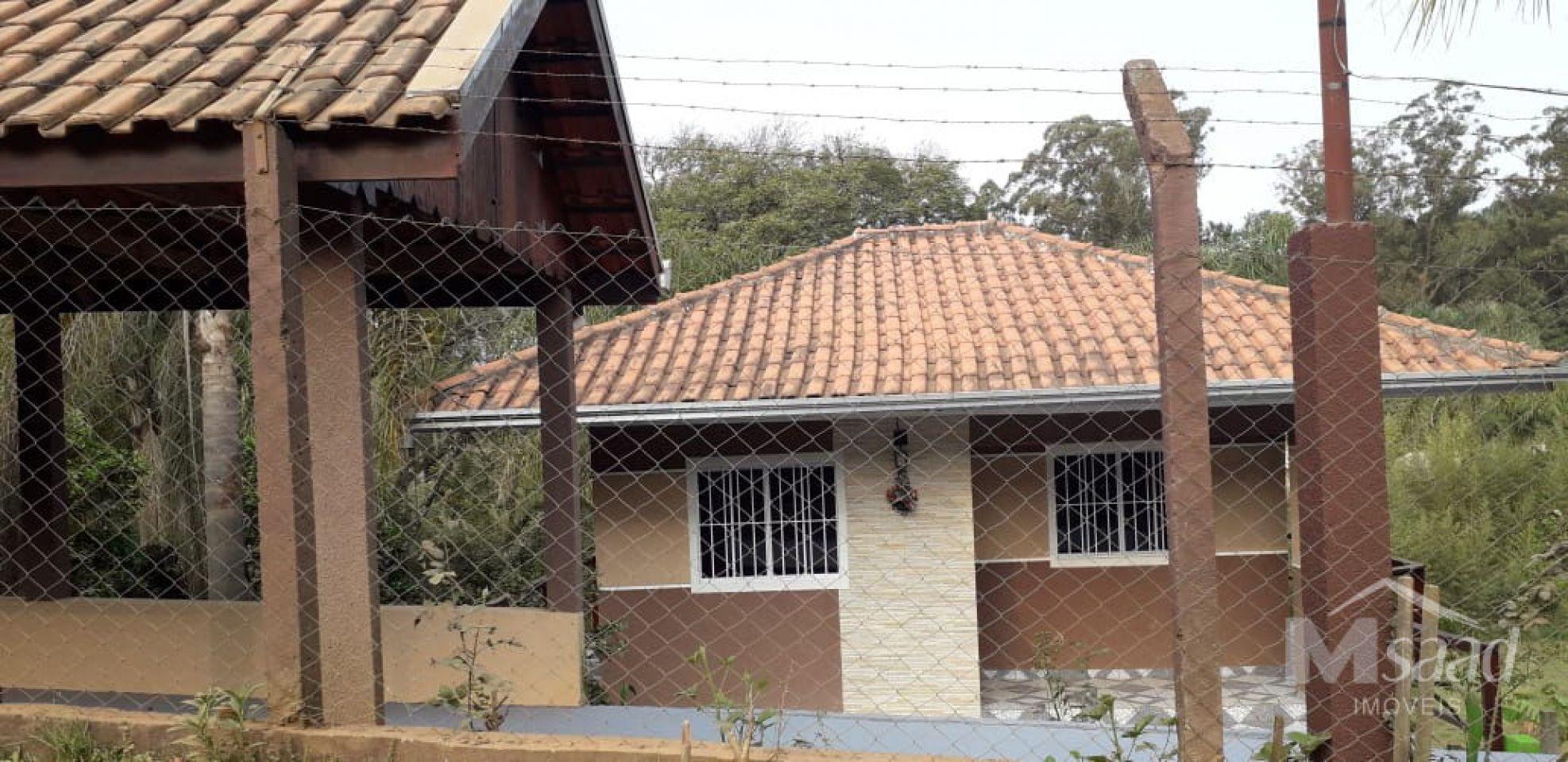 <strong>Casa à venda</strong>