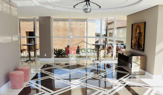 <strong>Luxuoso apartamento Ed. Cote D\' Azur</strong>