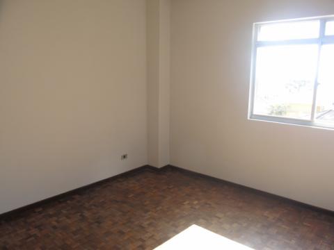 Apartamento No Edifício Pitangui