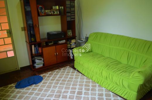 Residência - Bairro Uvaranas