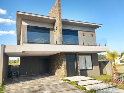 <strong>Luxuosa Casa - Condomínio Terras de Alphaville</strong>