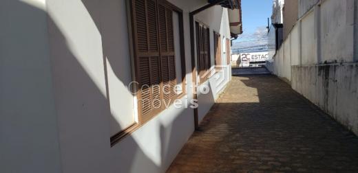 <strong>Casa Comercial na Região Central</strong>
