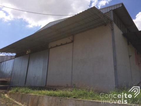 <strong>Excelente Barracão 800 m² - BR 376 - Boa Vista</strong>
