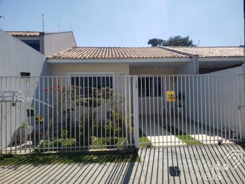 Casa Conjugada Em Uvaranas