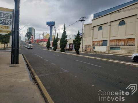 Loja Comercial Na Avenida Carlos Cavalcanti