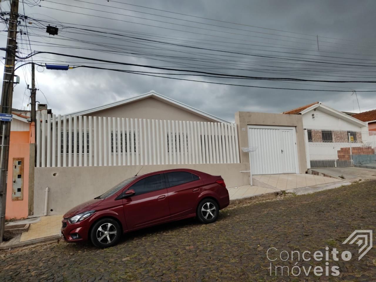 Casa Residencial - 3 Quartos - Santa Paula