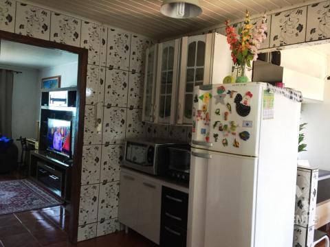 Casa Com 03 Dormitórios à Venda No Bairro Contorno