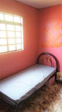 Casa Com 03 Dormitórios