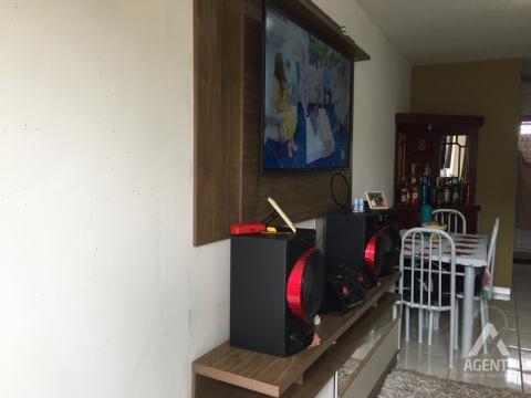 ótima Casa No Conjunto Habitacional Rio Pitangui.
