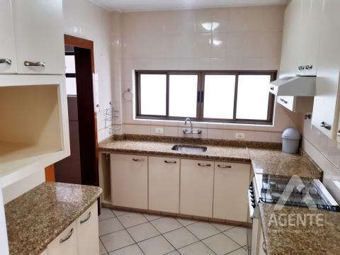 Apartamento Ed. Thales De Mileto - Centro